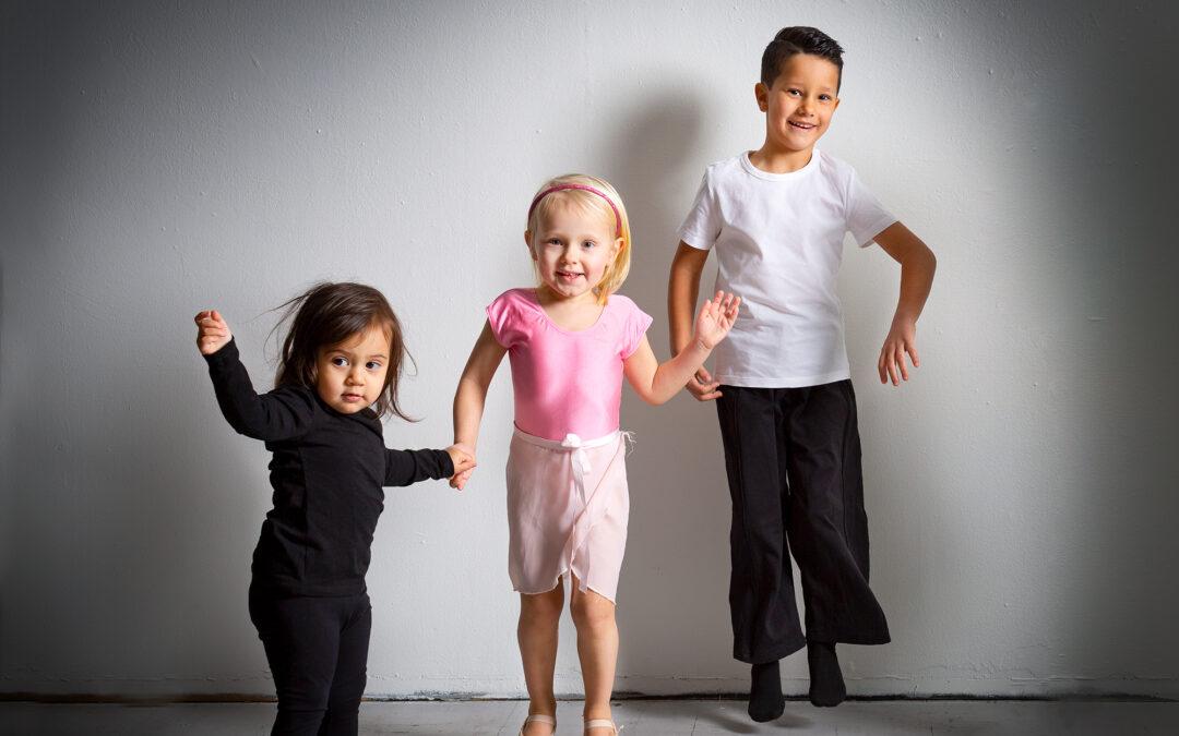 DANCE KIDS